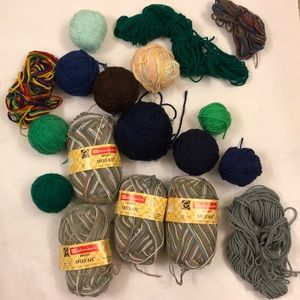 🧶Lot of 18 Acrylic wool blend knitting yarn skein